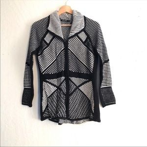 NIC+ZOE knit black and white zip up sweater Medium